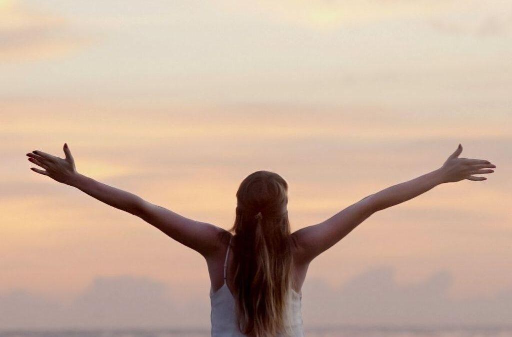 ¿Cómo potenciar la alegría y la felicidad? 4 herramientas para ser más feliz